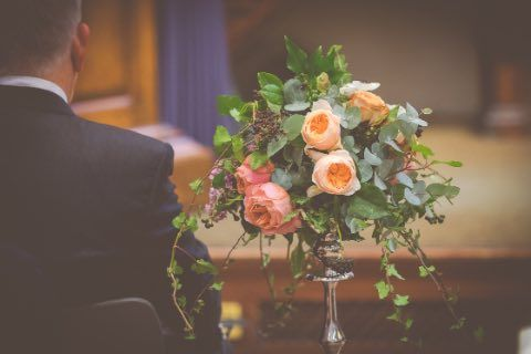 End result - Romantik Antik and Juliet garden roses, with seasonal foliage as aisle liners. Flowers by Eileen Ting