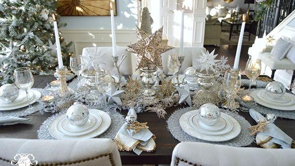 Χριστούγεννα: Τρυπώσαμε στο πιο όμορφα στολισμένο σπίτι!