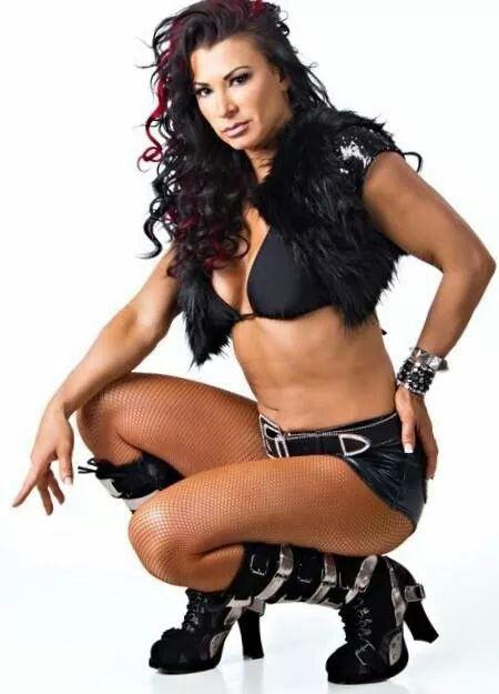 Tara Tna Wrestling nackt