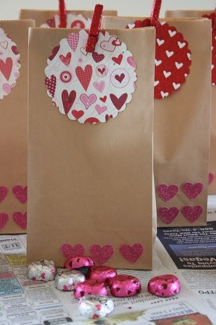 diy favor bags for valentine scavenger hunt or any holiday - Valentine Goodie Bag Ideas