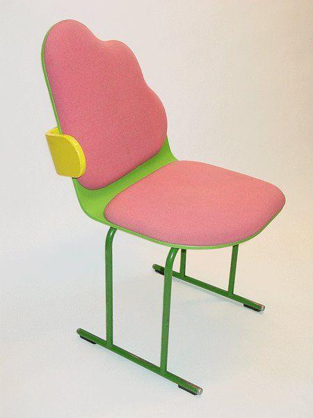 beatpie:    Yrjö Kukkapuro - Chair  Design history  Designer: Yrjö Kukkapuro ( Finland , 1933 ) Design year: 1980 Maker: Avarte