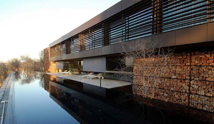 Westcliff estate by studioMAS Architecture & Urban Design