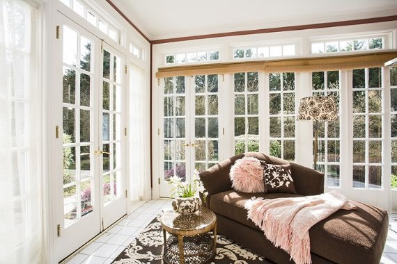 Sunny boudoir Seattle Home for Sale