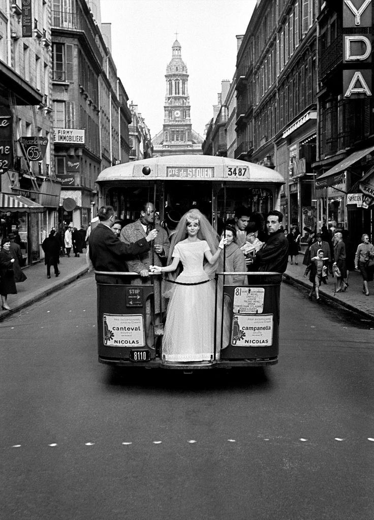 Paris 1961  for VOGUE  Photo: Frank Horvat