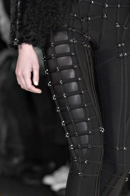 Hervé Léger by Max Azria Fall 2015