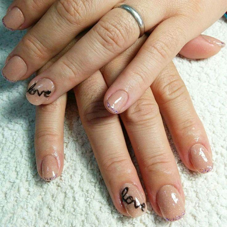 L O V E  #love #nude #nailsnailsnails #quesitotrc