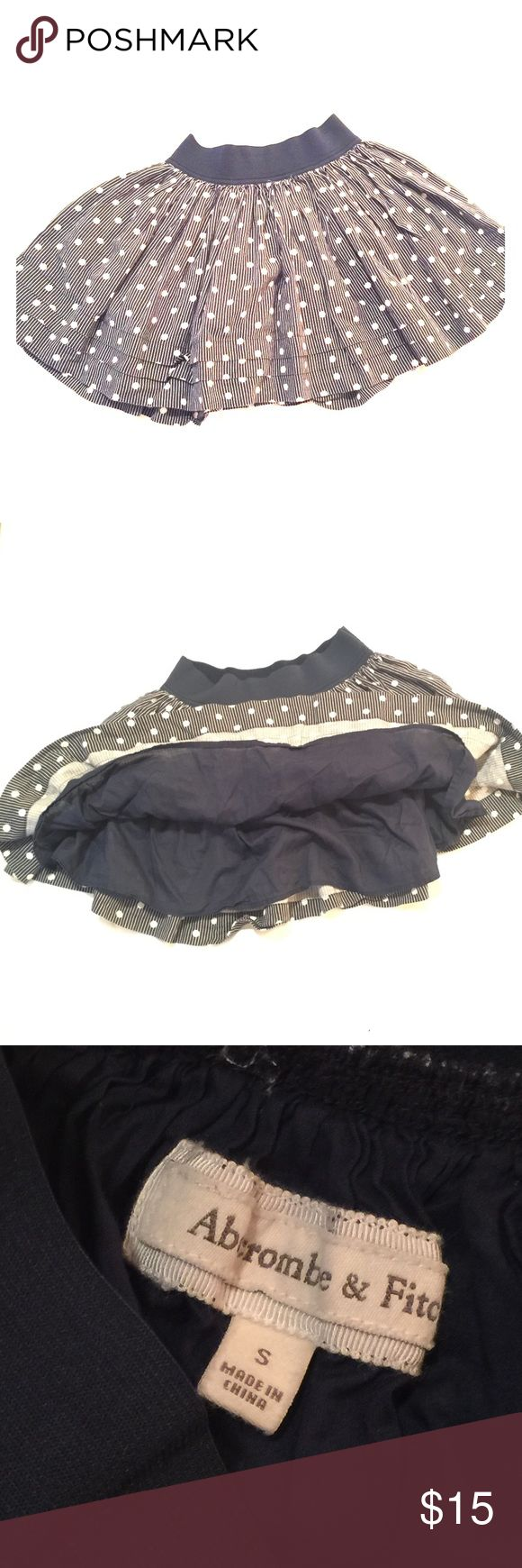 Abercrombie & Fitch Navy Blue and White Mini Skirt Navy Blue and White Mini Skirt with Elastic Waist. Abercrombie & Fitch Skirts Mini
