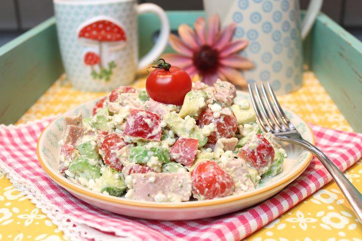 Low Carb Rezepte von Happy Carb: Frühstückssalat mit Schinken.