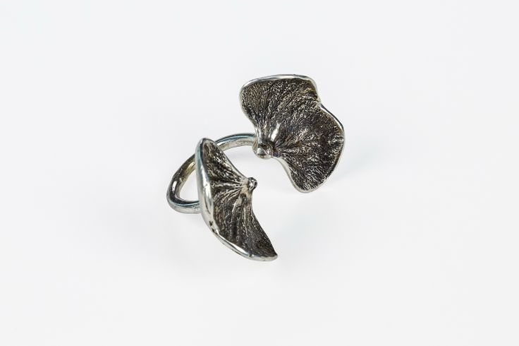Sterling Silver (Patinated) Hydrangea Three Finger Ring