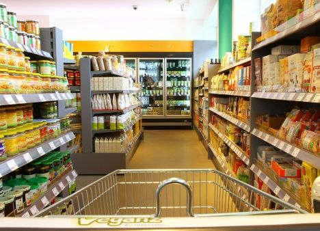 Veganz, the world's first all-vegan supermarket chain, will be opening in Portland, Oregon in 2016.