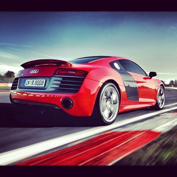 Exhilarating Audi R8 Tearing Up The Track! My StyleLatest CarsAudi ...