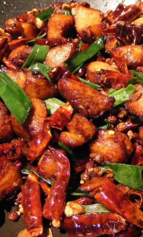Recipe for Chinese Garlic Chicken - A quick and simple stir-fry recipe. Perfect for those days when you do not want to spend much time in the kitchen.
