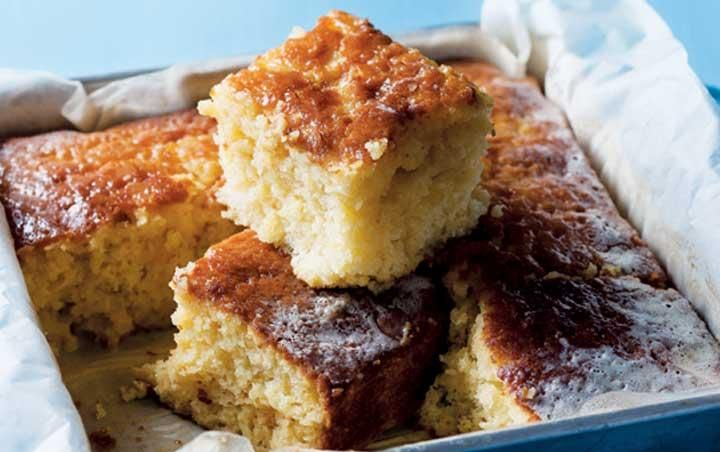 Ideal milk and pineapple cake