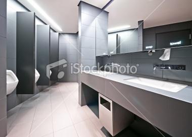 public restroom Foto sin derechos de autor