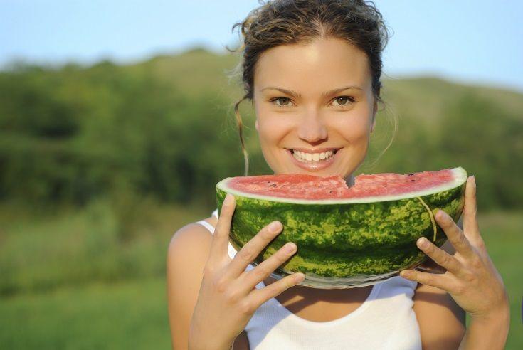 Qué es la dieta alcalina, alimentos alcalinos y alimentos ácidos; beneficios y precauciones de la dieta alcalina; recomendaciones para optar por esta dieta.