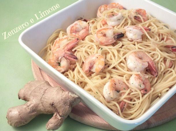 Buoni questi spaghetti con gamberi e zenzero....direi proprio una accoppiata vincente!!! Inoltre facili e semplici da preparare