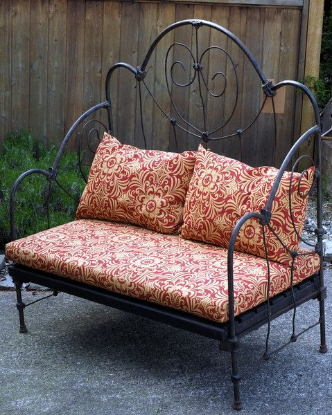 17 Best Images About Wrought Iron Beds On Pinterest Day