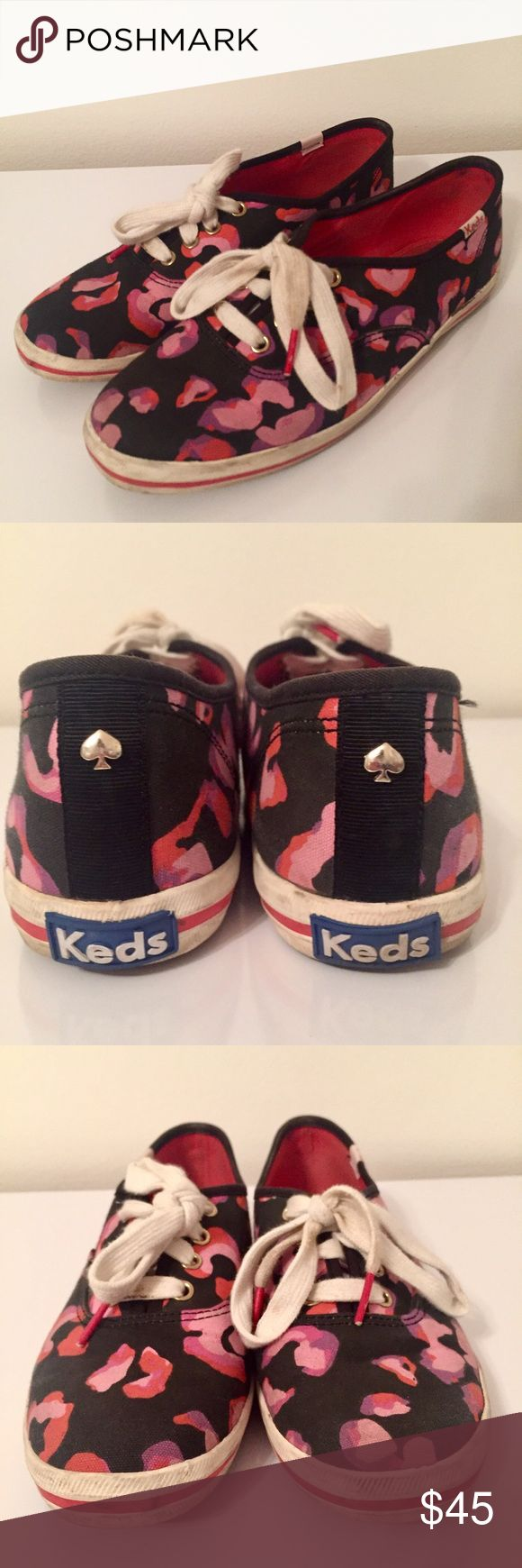 ♠️ Kate Spade x Keds Sneakers Slightly used Kate spade x Keds sneakers. Super stylish! Style: Wonder Floral🌸 Dirt can be cleaned and laces can be washed. Prices always negotiable!✨ kate spade Shoes Sneakers