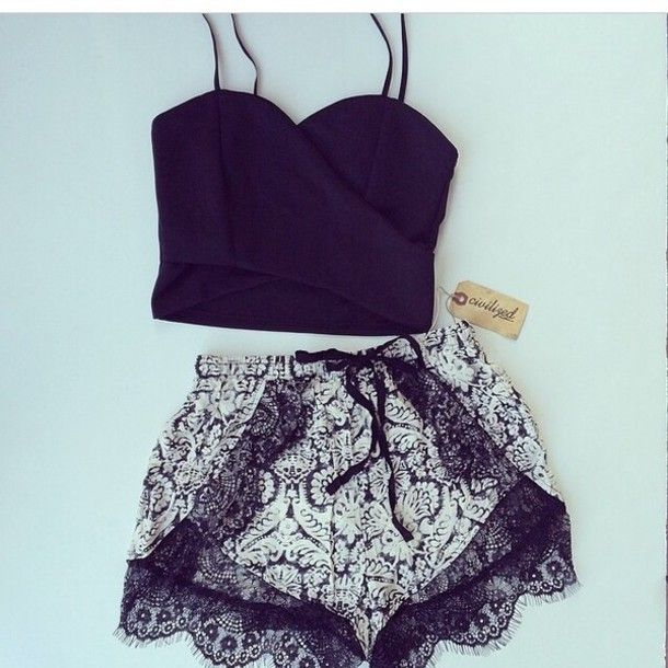 Such a sexual outfit. Black crop top, high waisted lace shorts.