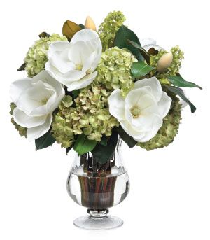 magnolia-hydrangea-bouquet  #thesoutherncCONTEST