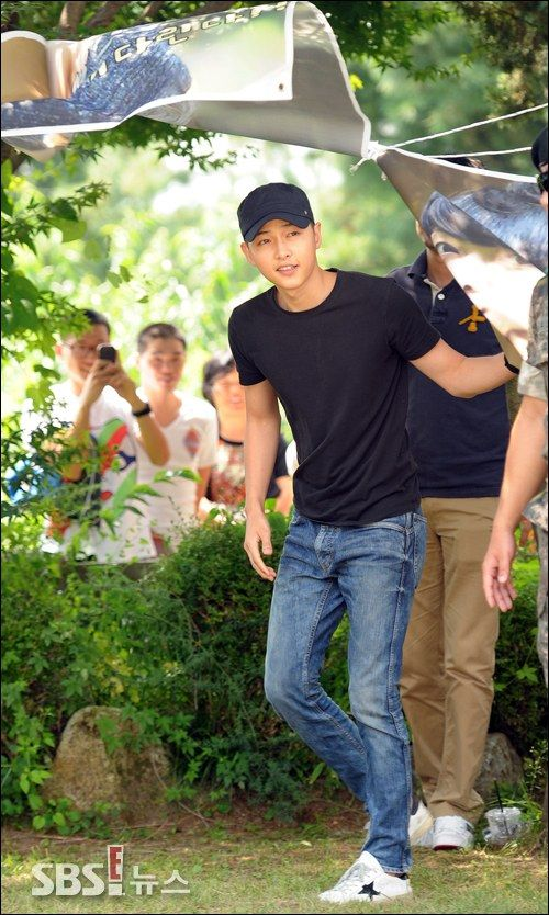 Song Joong Ki : off to military - will finish his enlistment on May 26, 2015...
