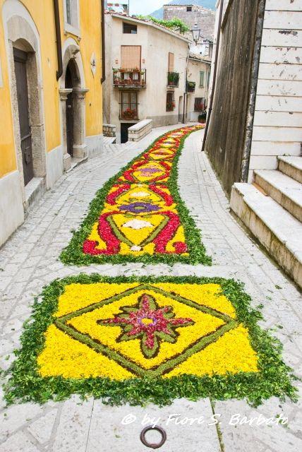 Cusano Mutri, Campania, Italy - Infiorata per il Corpus Domini, 2012