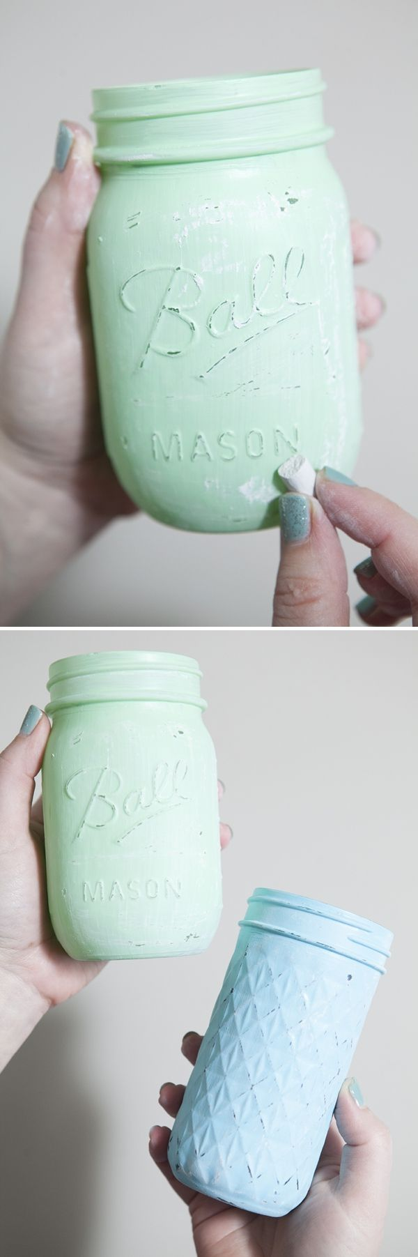Check out this easy to follow, step by step tutorial for creating your very own distressed chalkboard mason jars ~ perfect for wedding or party decor!