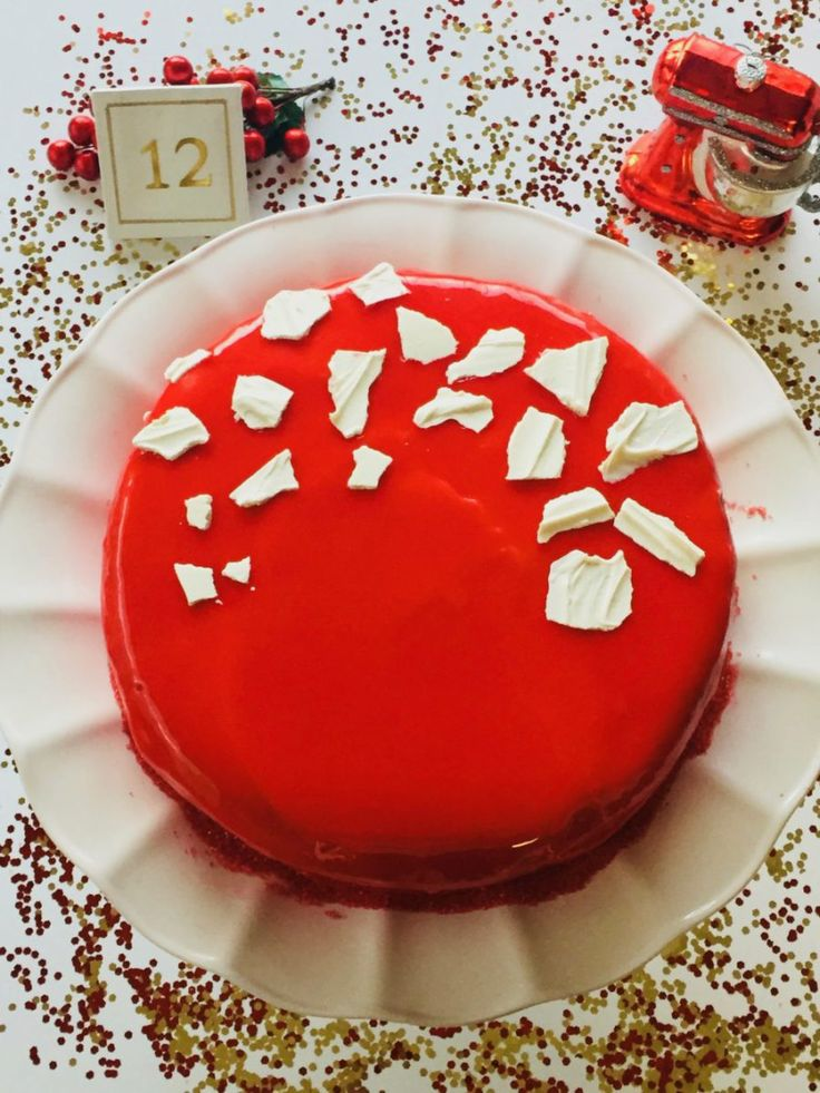 Mirror Glaze Vanilla Sponge Cake