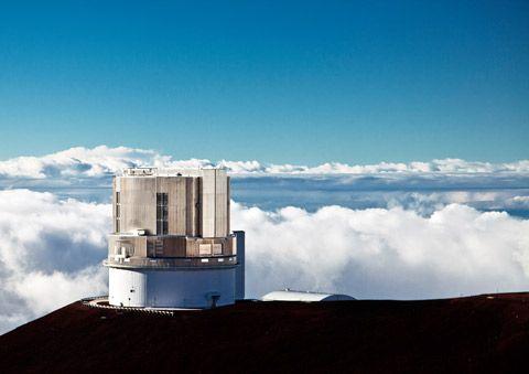 すばる望遠鏡ドーム内の見学http://subarutelescope.org/Information/Tour/Summit/j_index.html