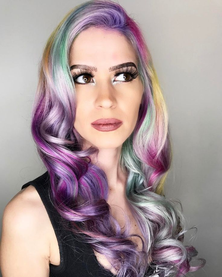 """1,244 Likes, 35 Comments - Las Vegas Hair Stylist (@chitabeseau) on Instagram: """"The New Spring fling 💕💫 ⭐️🔮 . . . . . . . . . #newcolor #haircolor #pulpriothair #modernsalon"""""""