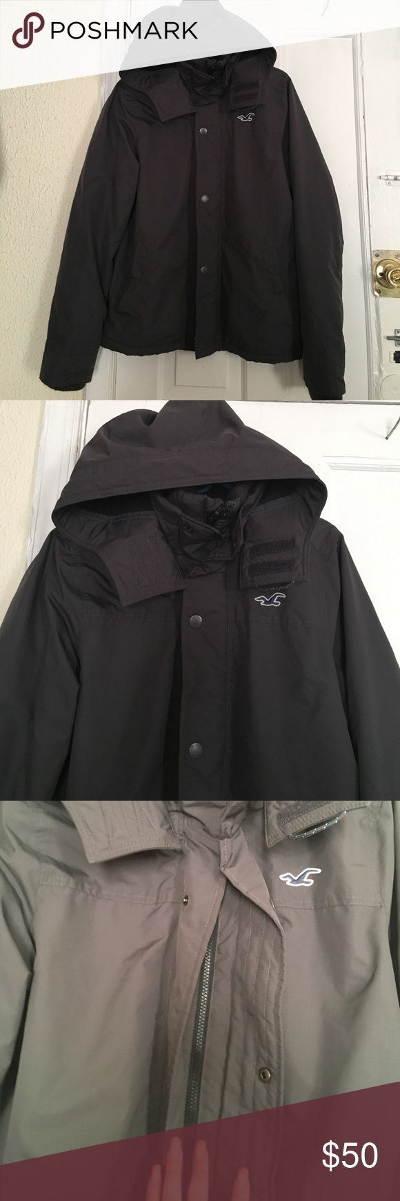 Hollister Coat Almost new. Used just a few times no stains or tears. Can be used for boys or slim men. In great condition. Hoodie doesn't remove. Great all weather coat Hollister Jackets & Coats
