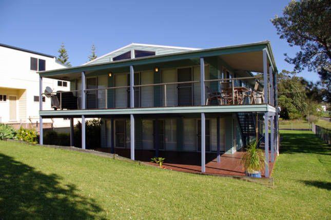 Sleeps 8 comfortably. Right on Warrain beach. Sea Dream Beach House @ Culburra Beach | Culburra Beach, NSW | Accommodation