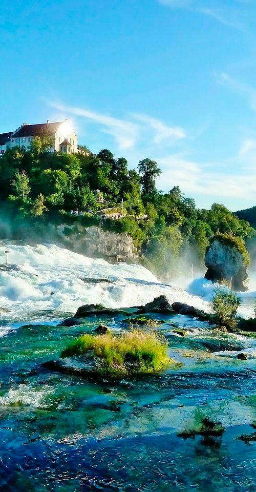 Schaffhausen in northern Switzerland is found on the Upper Rhine between the Black Forest and Lake Constance #Switzerland