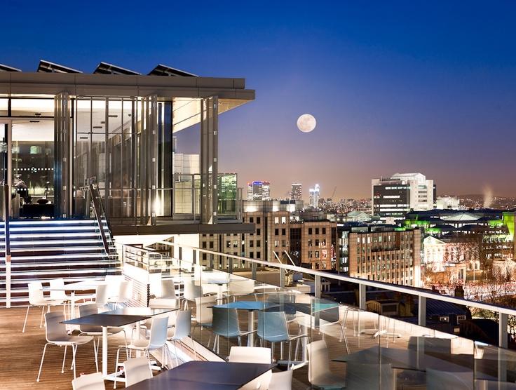 Oriented London Apr'11 Meetup Venue - SkyLounge @ DoubleTree by Hilton Tower Bridge