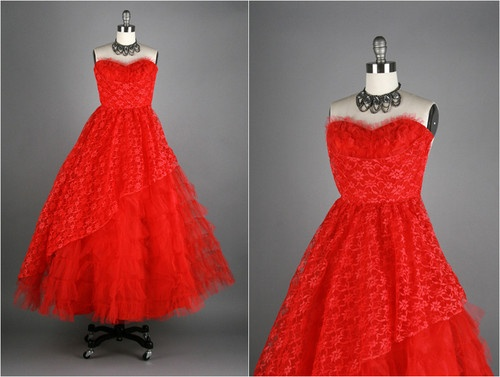 Vintage 1950s Red Lace Tulle Strapless Party Dress: Fashion, Plays Dressup, Party Dresses, 1950S Red, Party'S Dresses, Plays Dresses Up, Strapless Parties Dresses, Strapless Party Dress, Strapless Party'S