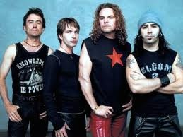 Yeah, call me a wuss, but when it comes to Spanish music, these guys are awesome <3