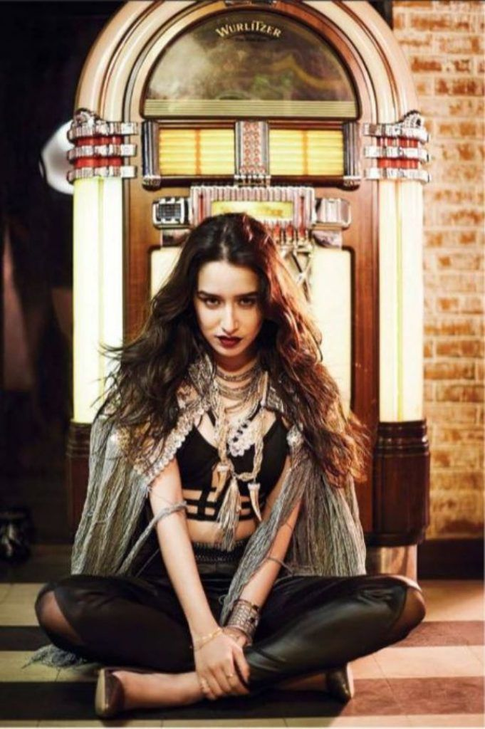 Golden Girl Shraddha Kapoor poses for the Filmfare Magazine June 2016 in #Itsthetimetodisco #INTOTOs http://www.intoto.in/its-the-time-to-disco-19