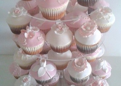 tort z muffinek