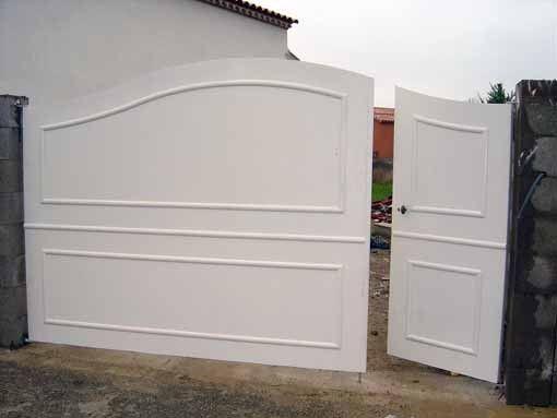 Afbeeldingsresultaat voor portail coulissant avec porte integree parham in 2019 sliding gate - Portail coulissant avec porte integree ...