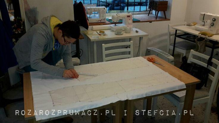 Konstrukcja spodni damskich.