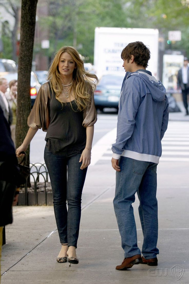 Cartoon pictures of chace crawford - Blake Lively As Serena Van Der Woodsen And Chace Crawford As Nate Archibald Much