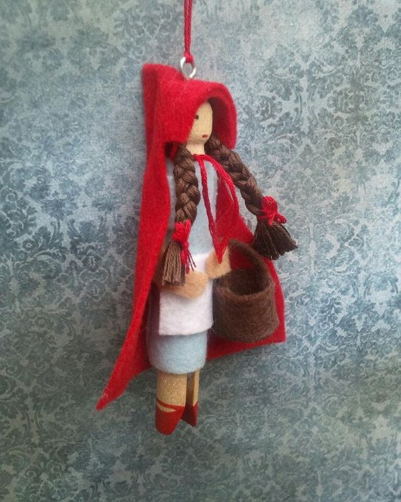 Little Red Riding Hood Clothespin Doll Ornament por LittleParade