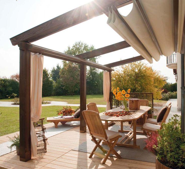 Inspiration: pergola con tenda a scorrimento superiore per protezione da sole e pioggia e tende laterali. #outdoor #pergola #giardino