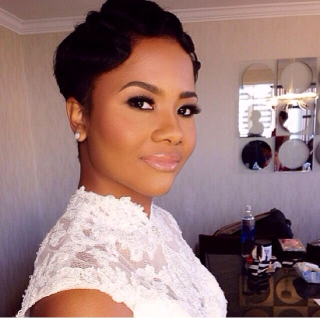 *Make Up Choice 2* This is the kind of makeup I would like to wear for my wedding. Glamorous and natural looking all at the same time. African American wedding makeup inspiration