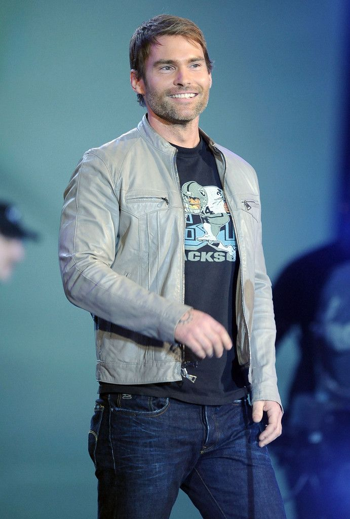"Seann William Scott Photos - Spike TV's ""2011 Video Game Awards"" - Show - Zimbio"