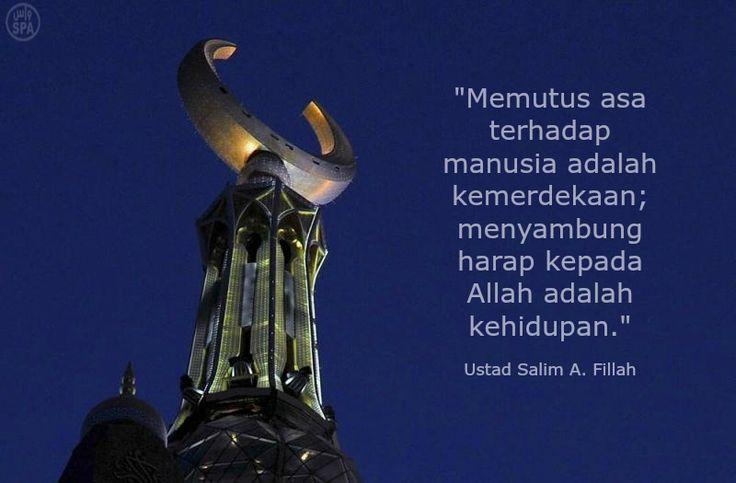 Merdeka. @salimafillah's Tweet. #IndahnyaBerbagi