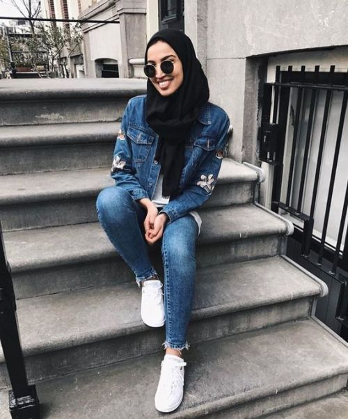 Denim on denim hijab style-Casual and sporty hijab style – Just Trendy Girls