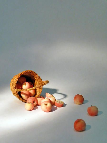 Wicker basket with fruits, Apples, 1/12 Dollhouse Miniature Scale by Galchi on Etsy