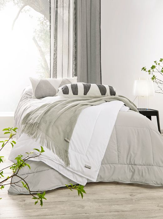 Luhdan makuuhuoneen sisustus on värimaailmaltaan hillityn harmonista.  https://www.hobbyhall.fi/web/store/koti-ja-sisustus?utm_medium=pin&utm_campaign=j5_2014&utm_source=pinterest&utm_content=ihana_arki_11.8.