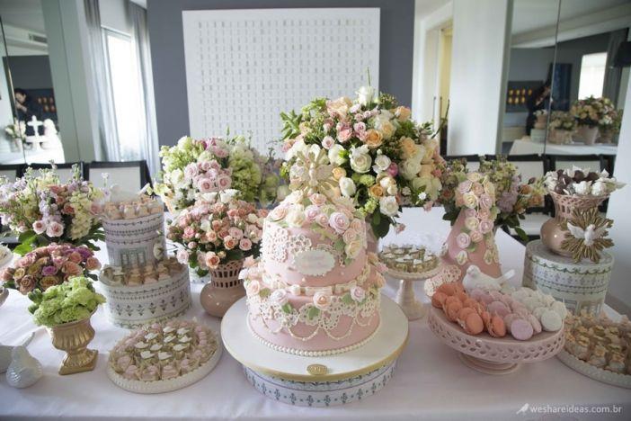 Batizado, festa infantil, festa meninas, girls party, festa rosa, mesa de doces, anjos, espírito  -> Decoração De Primeira Comunhão Simples Com Flores